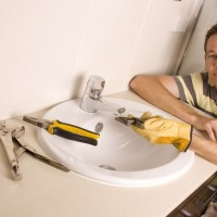 Top Tips for Keeping Your Kitchen and Bathroom Sinks Draining Strong