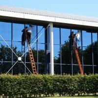 4 Benefits of Commercial Window Tinting in Cincinnati Ohio