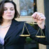 ¿va A Dar Un Paso Importante? Busque La Ayuda De Abogados Y Notarios